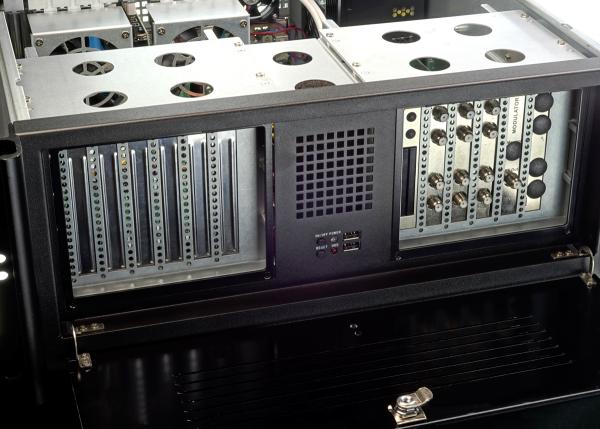 "DD ExpandIO 19"" Server 4HE - 12x PCIe Gen 2.0 Expander / Backplane"